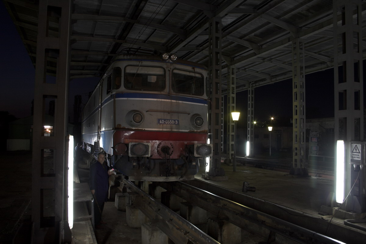 0370-01
